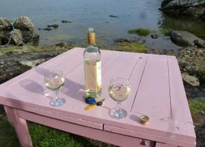 Lickisto Campsite: Scottish view & Italian wine