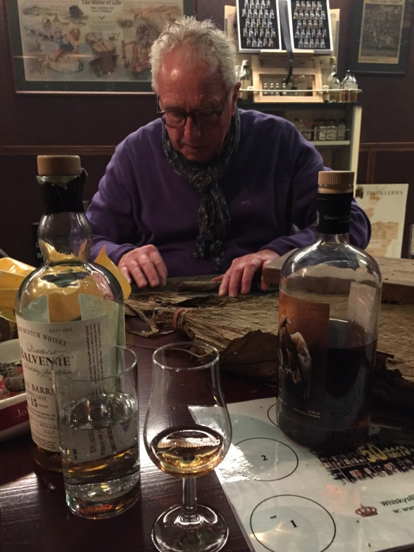 Master blender Ton Buenen demonstreert