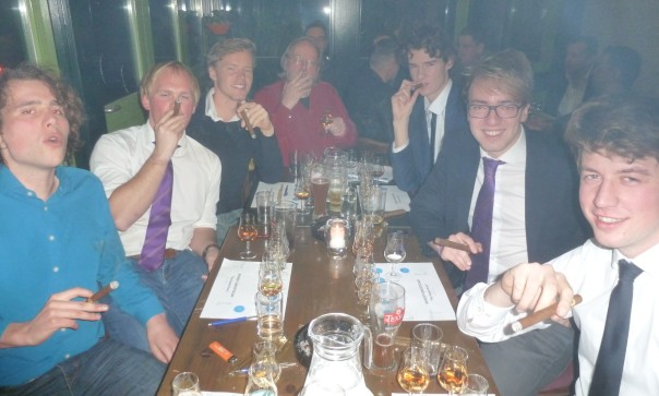 Het is zelfs voor roeivereniging ASOPOS uit Leiden even wennen
