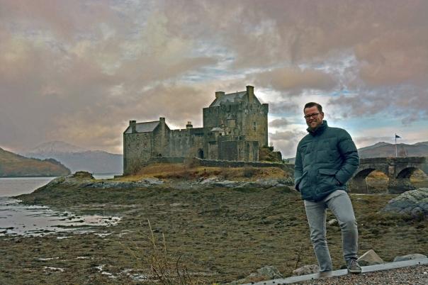 Thijs bii Elean Donan Castle
