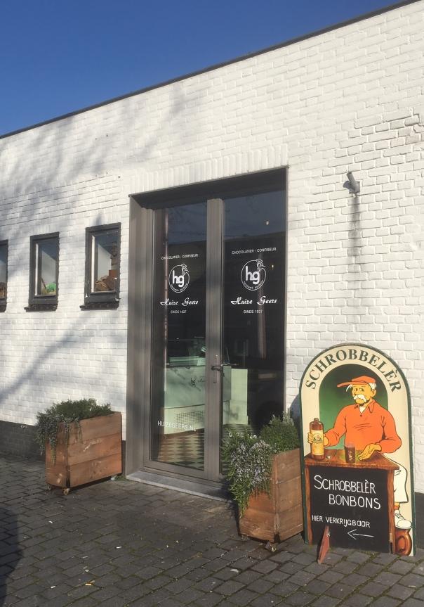 Winkel Huize Geers aan de Piushaven in Tilburg